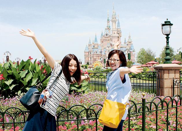 上海ディズニーランドのシンデレラ城