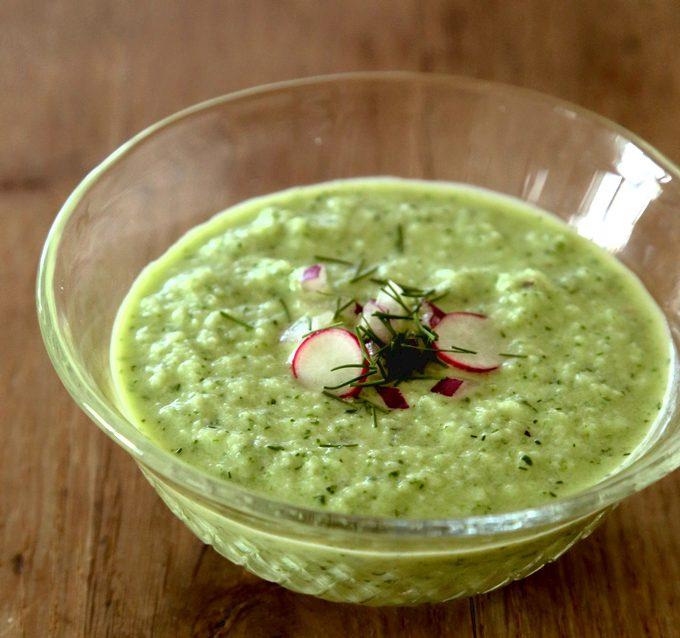キュウリの冷製スープ