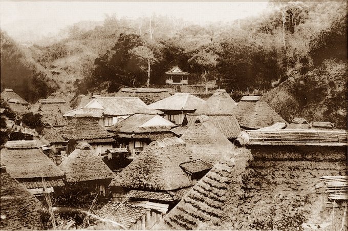 大正時代の高城温泉(八木商店所蔵)