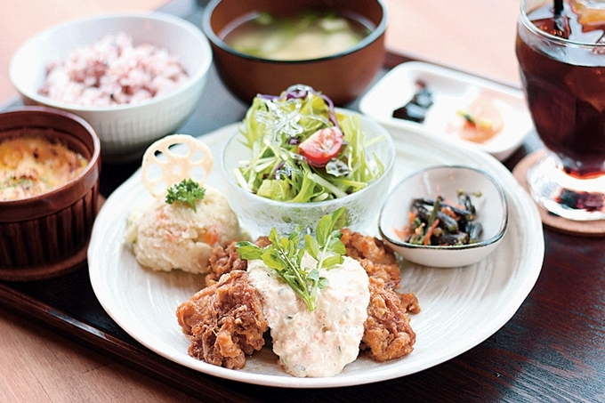 cafe食堂JyuJyu(JyuJyu定食)