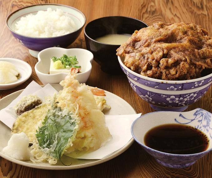 新橋 天ぷら定食とかき揚げ丼(大)