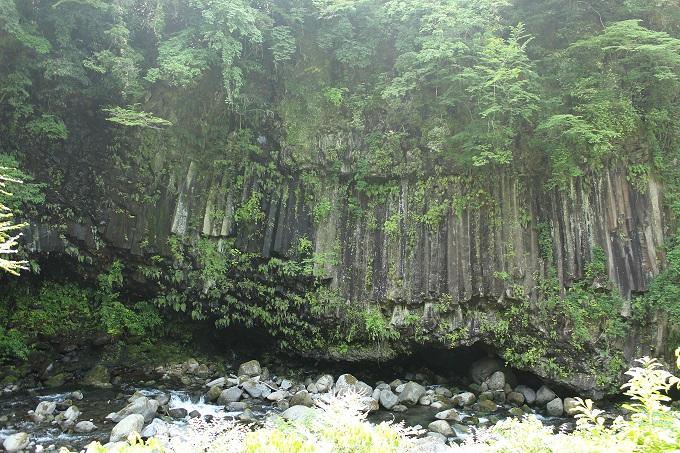 霧島神水峡・柱状節理