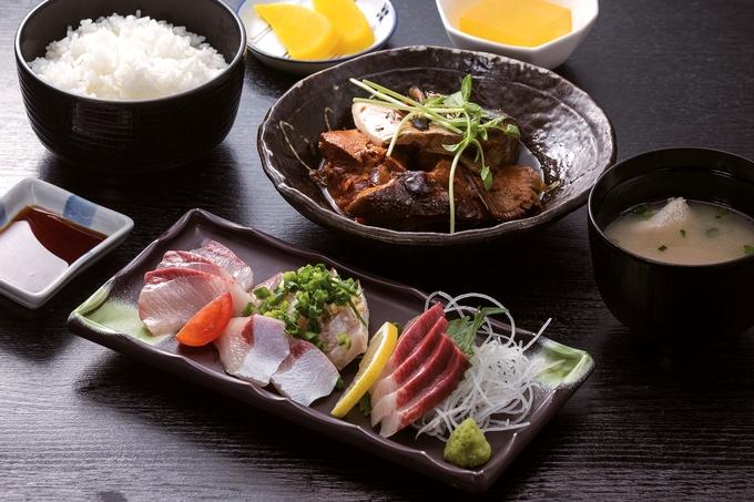 長島大陸市場食堂「鰤王定食」