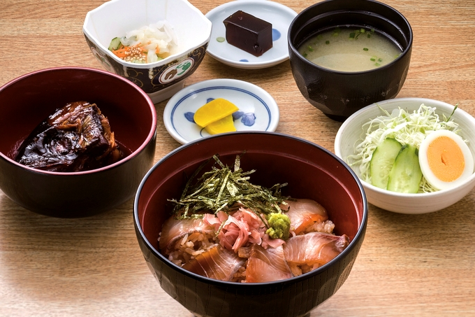 味処 桜勘「カンパチ漬丼定食」