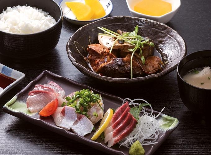 鰤王定食「長島大陸市場食堂」