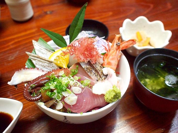 天草海鮮蔵「海鮮丼」