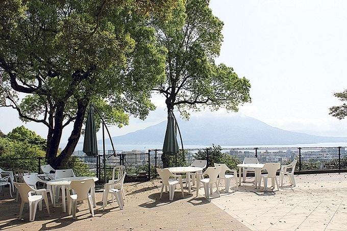城山ホテル鹿児島のテラス席
