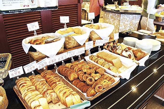 城山ホテル鹿児島朝食バイキング「ホテルメイドのパン」