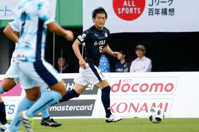 鹿児島ユナイテッドFC DF_15:藤澤典隆選手プレー中