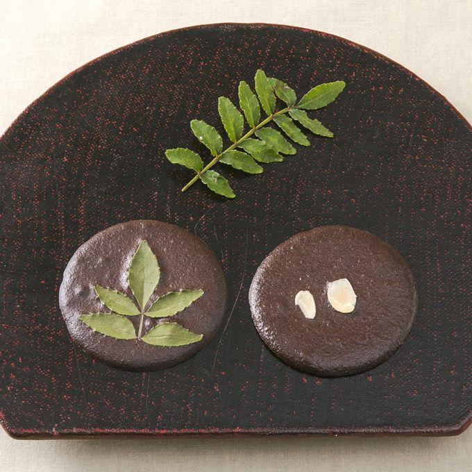 梅月堂「湯之元せんべいchocolat」
