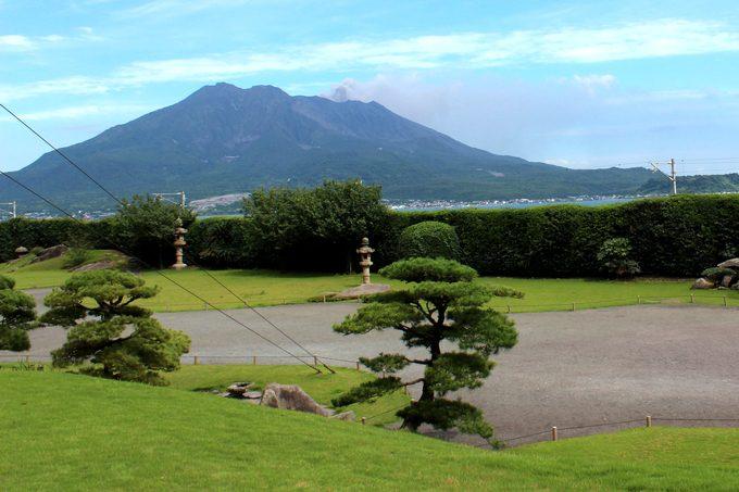 仙巌園「御殿から望む桜島」