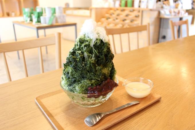 すすむ屋茶店「かき氷 抹茶みるく(大)」