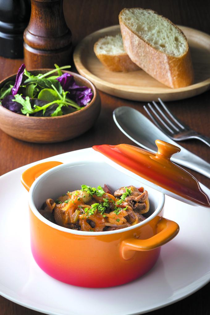 牛肉と野菜の簡単トマト煮込み
