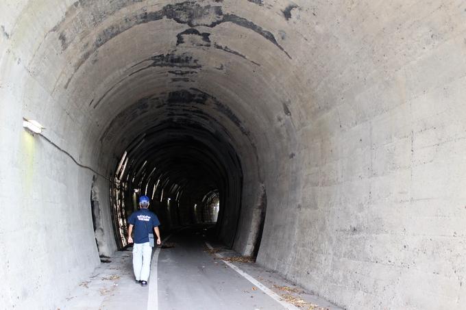 旧国鉄大隅線のトンネル