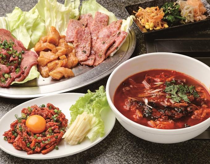 焼肉 さつま苑「ユッケ、テグタンスープ」