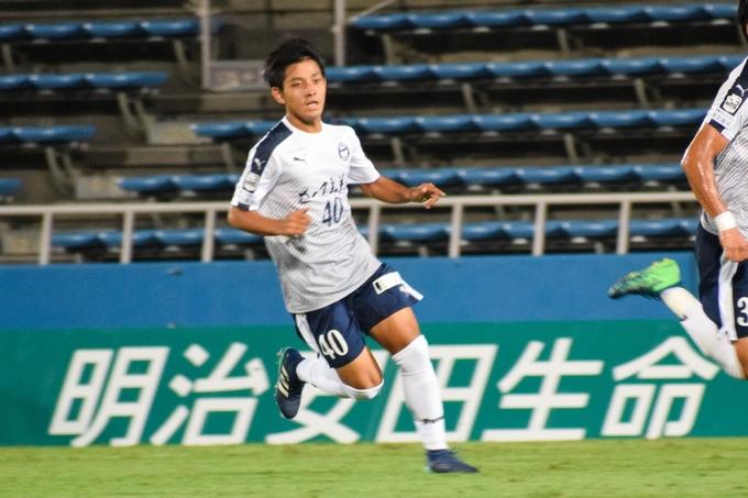 鹿児島ユナイテッドFC MF_40:野嶽寛也プレー中