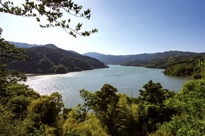 大隅湖を望む
