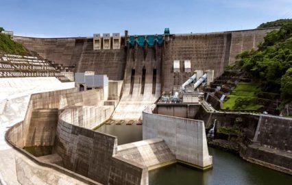 古い記事: 鶴田ダム | 九州一の高さに圧倒される!ダムカードもあり(さ