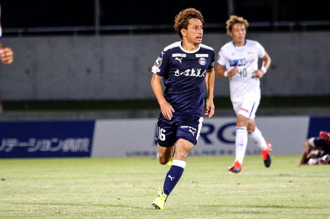 鹿児島ユナイテッドFC:MF/枝本雄一郎選手プレー中