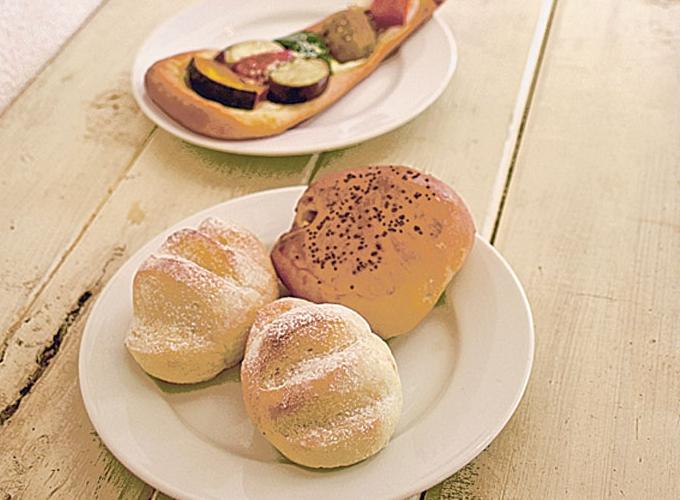 おからパン工房のパンたち