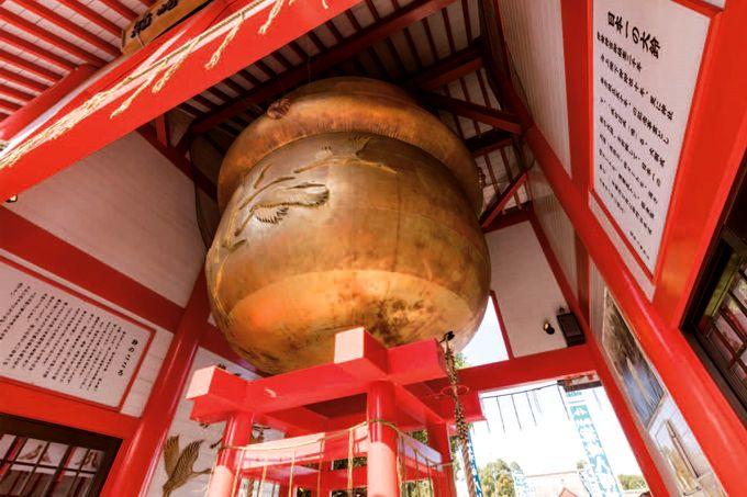 箱崎八幡神社の大鈴