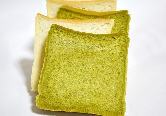名山ベーカリーふくすけ「人気の食パン」たち