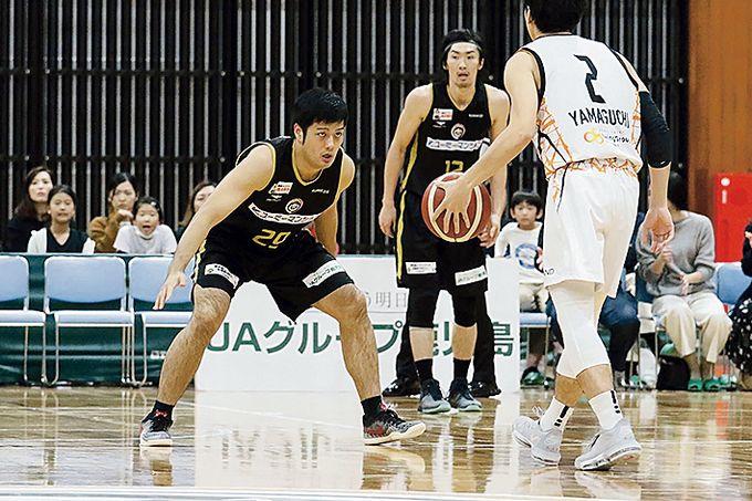 鹿児島レブナイズ PF #29 赤塚将輝選手プレー中