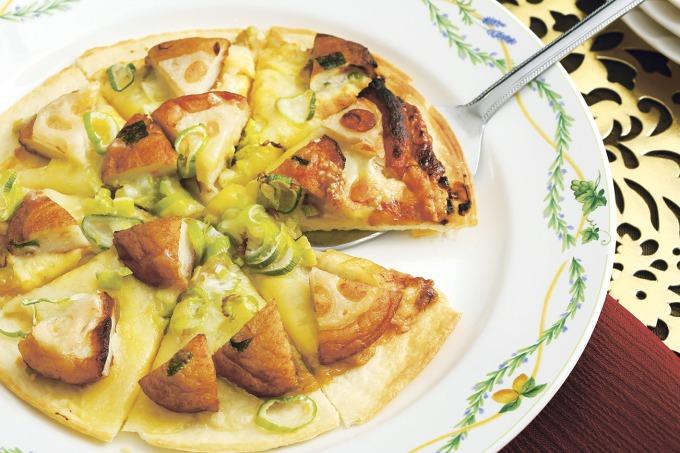 れんこん揚げと野菜天のみそチーズピッツア