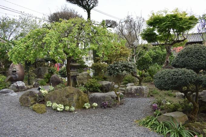 キッチンイネ 趣のある日本庭園