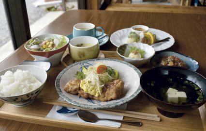 古い記事: キッチンイネ | リノベーションした古民家レストラン(鹿児島