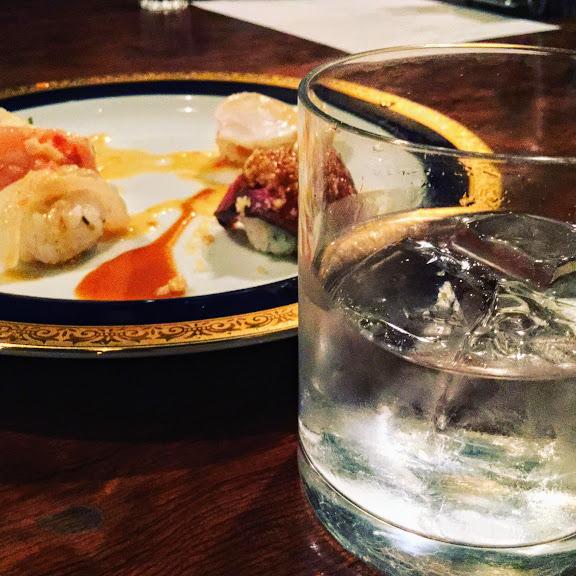 手まり寿司と焼酎ロック