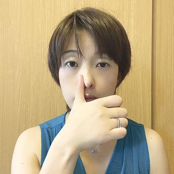 「片鼻呼吸」01