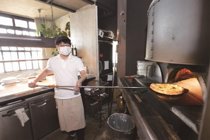 ピッツェリア・グラッツェ・タンテのピザ焼き窯