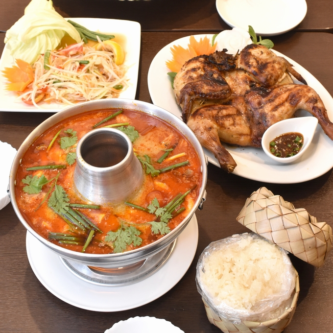 リトルチェンマイ「トムヤムクン」「ソムタム・タイ」「鶏のグリル焼き」
