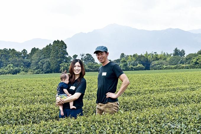 西尾製茶・西尾仁一代表と歩さん夫妻
