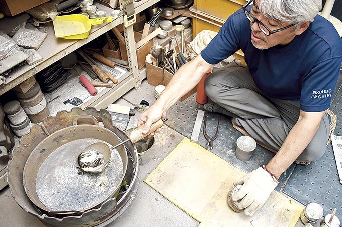 岩切美巧堂(薩摩錫器工芸館)鋳造風景