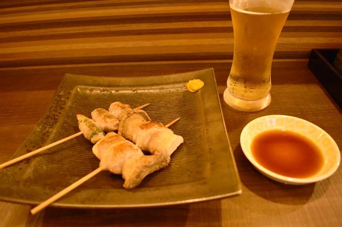 たん㐂「野菜巻き串(焼き)の大葉とえりんぎ」