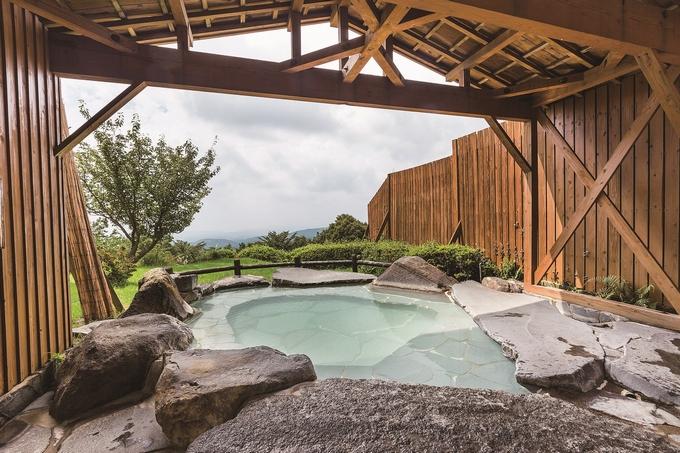 旅行人山荘「大浴場露天風呂」