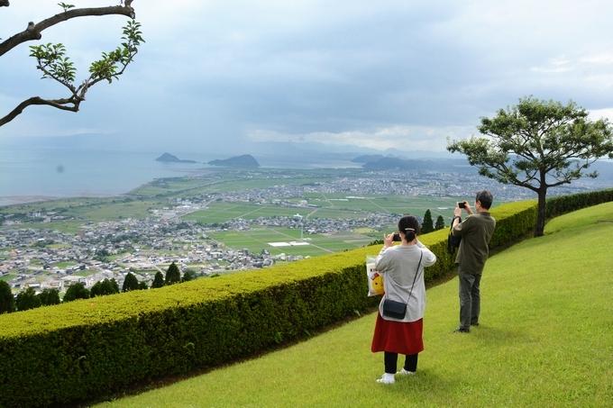 国分ハイテク展望台から錦江湾を望む