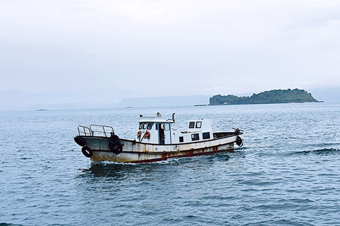 行政連絡船と新島