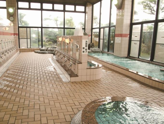 中山温泉「大浴場」