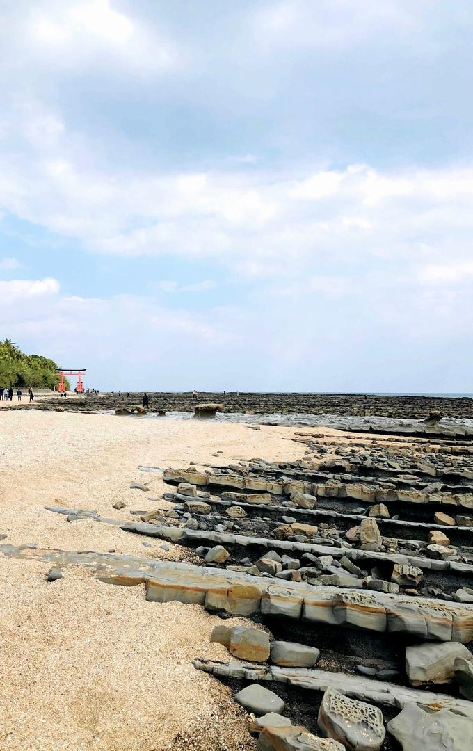 青島「鬼の洗濯岩」