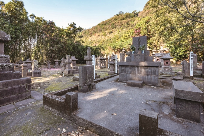垂水麓「垂水島津家墓所」