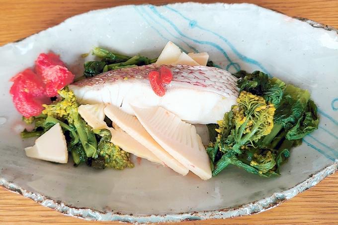 おいしい薬膳ごはん 鯛(たい)と春野菜のフライパン蒸し