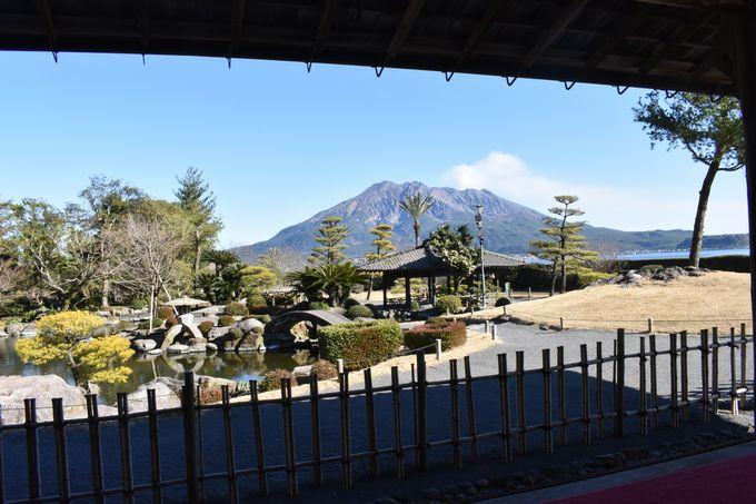 名勝 仙巌園「御殿から望む桜島」