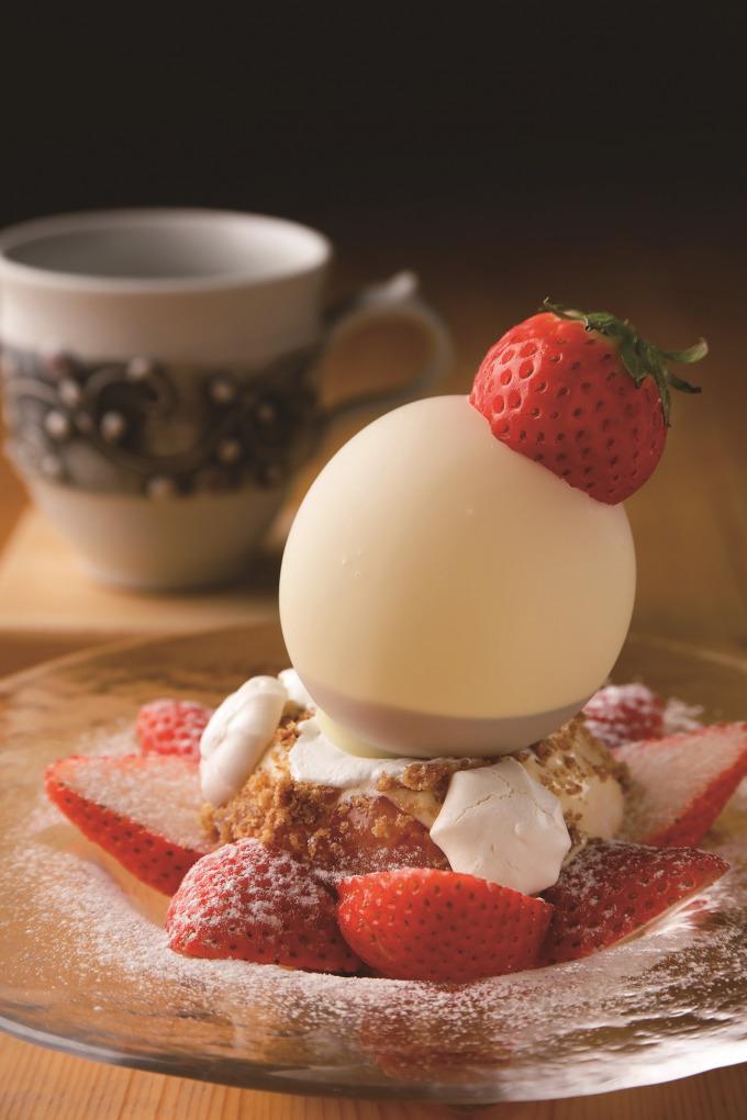 トキタマカフェ「皿パフェ」