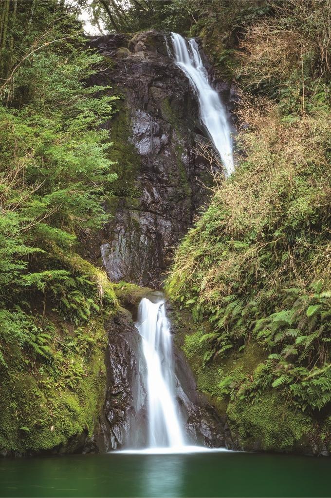 「薩摩華厳」と称される藤本滝
