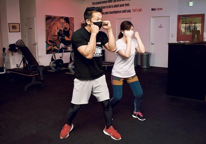 ナインカウントボクシング&フィットネス「シャドウボクシングでフォームを練習」
