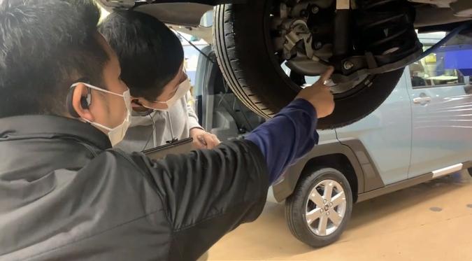 リライトガレージ「実際に車を見ながら、整備士と確認」