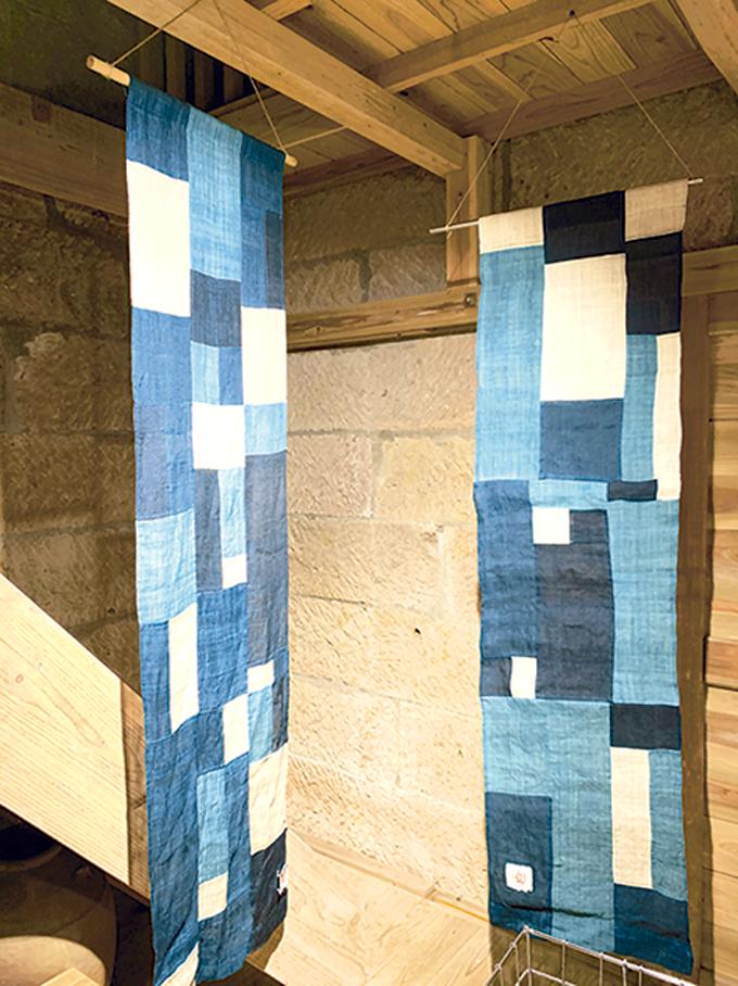 藍染屋「藍染のタペストリー」